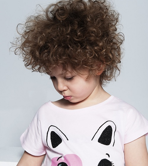10 Mesmerizing Curly Hairstyles for Toddler Girls [2020 ...