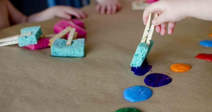 toddlers painting ideas with finger