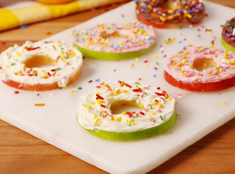 apple donuts for kid's party