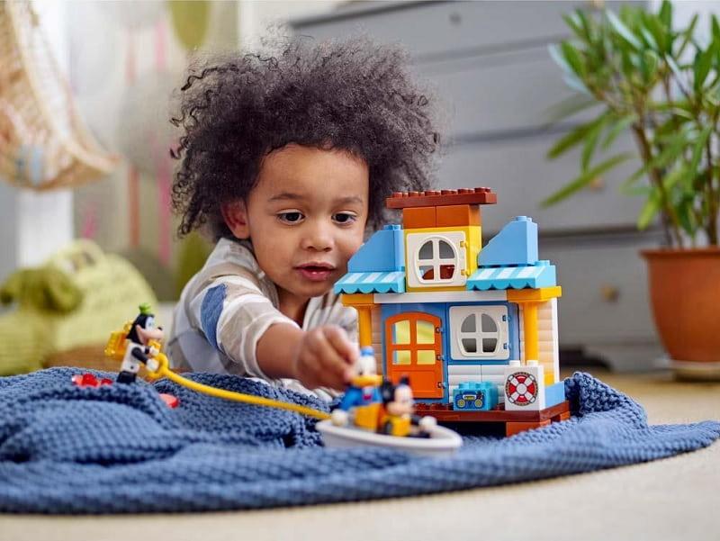 11 Creative Indoor Activities For 3 Year Old Children