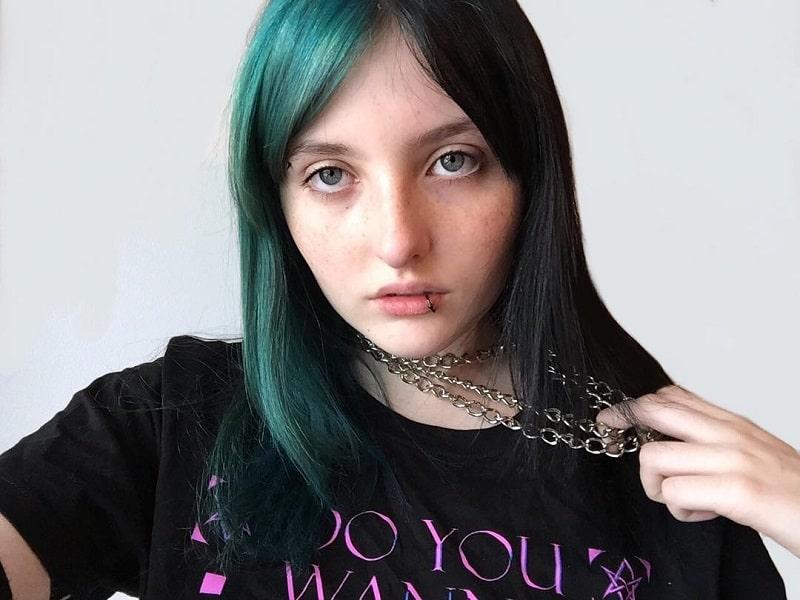 half n half emo hairstyles for girls