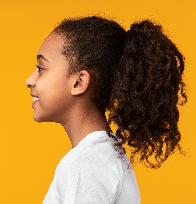 curly ponytail for African little girl