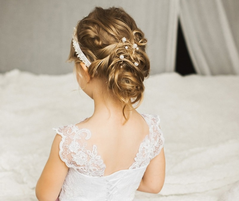 Hairstyles For Girls In Wedding: 25 Stunning Hairstyles For Little Girls To Rock At Weddings