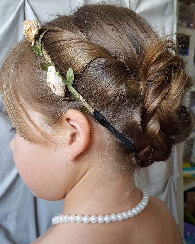 Wedding Hairstyle For Girl: 25 Stunning Hairstyles For Little Girls To Rock At Weddings