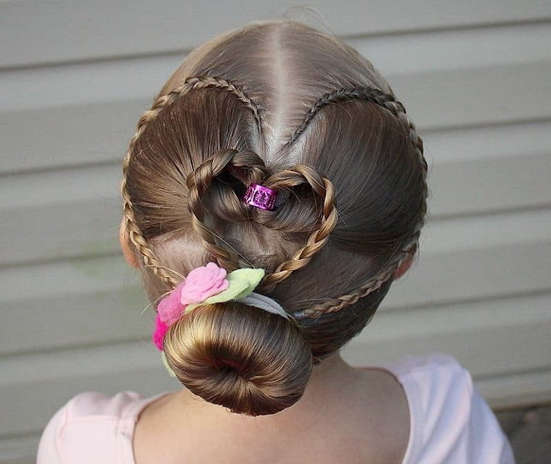 25 Stunning Hairstyles For Little Girls To Rock At Weddings